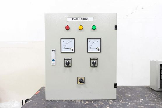 low-voltage-lighting-panel-1