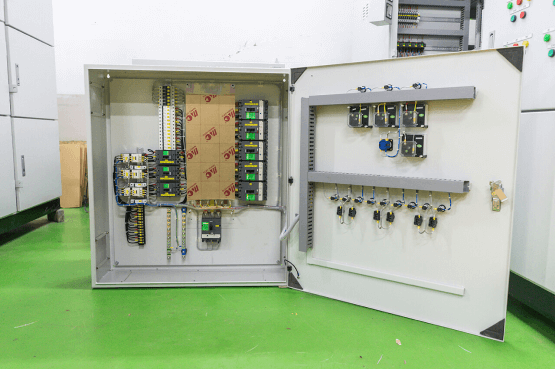 low-voltage-machine-control-panel-2