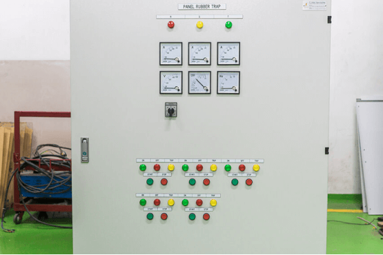 low-voltage-machine-control-panel-3