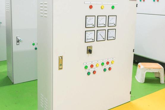 low-voltage-motor-control-panel-1