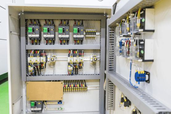low-voltage-motor-control-panel-2